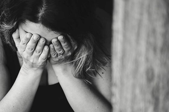 آزار و اذیت عاطفی