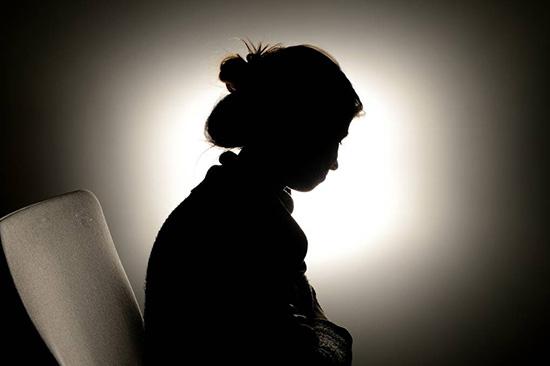 کمک به افرادی که مورد خشونت خانگی قرار گرفتند