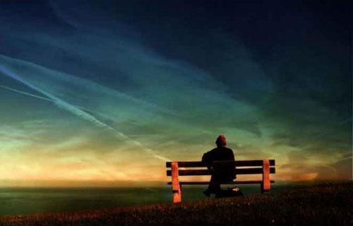 چرا گاهی لازم است تنها باشیم؟